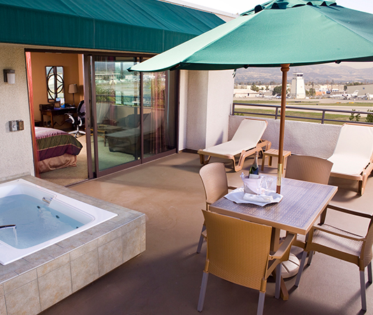 Outdoor Terrace Spa Room