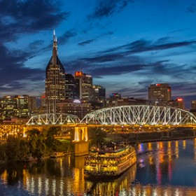 'Tis The Season To Save! Take 10% Off Your Nashville Getaway
