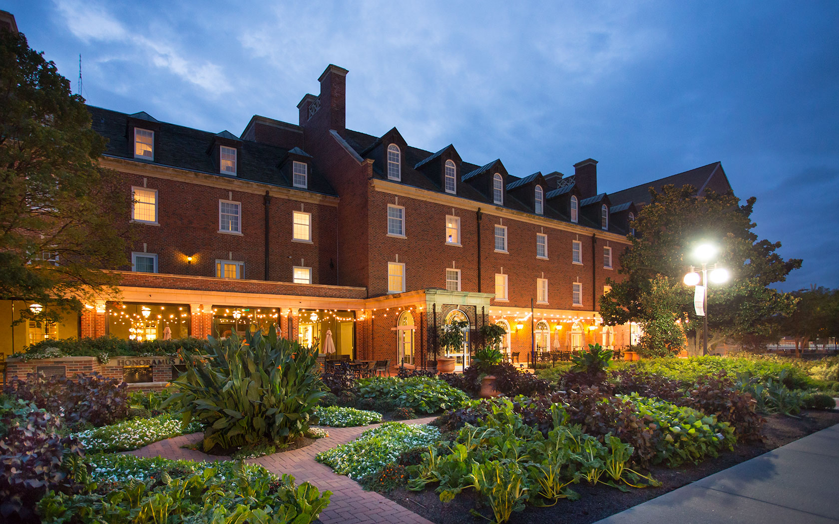 Top 10 Columbus Hotels Near Ohio State University | Ohio
