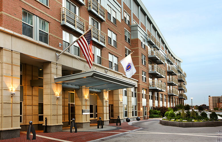 About Us | Battery Wharf Hotel in Boston, MA