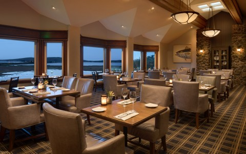 Photo gallery hotels near sonoma coast bodega bay lodge for Kitchen 713 reservations