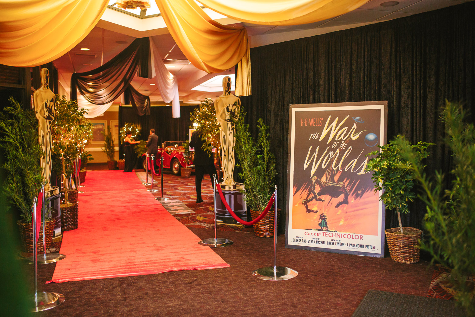 the entrance to an oscar themed event