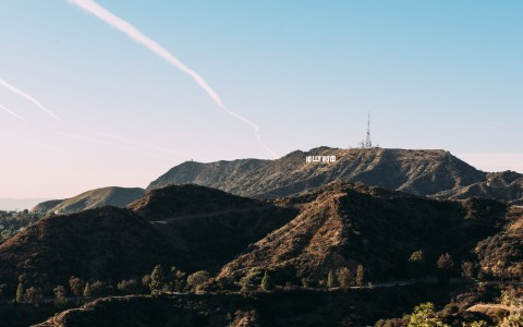 hollywood mountains with view of the hollywood sign