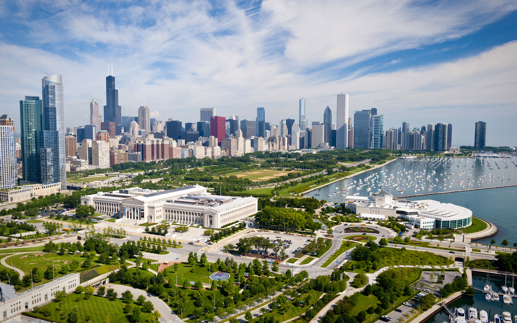 Chicago-Museums_CC_museum-campus-aerial.jpg