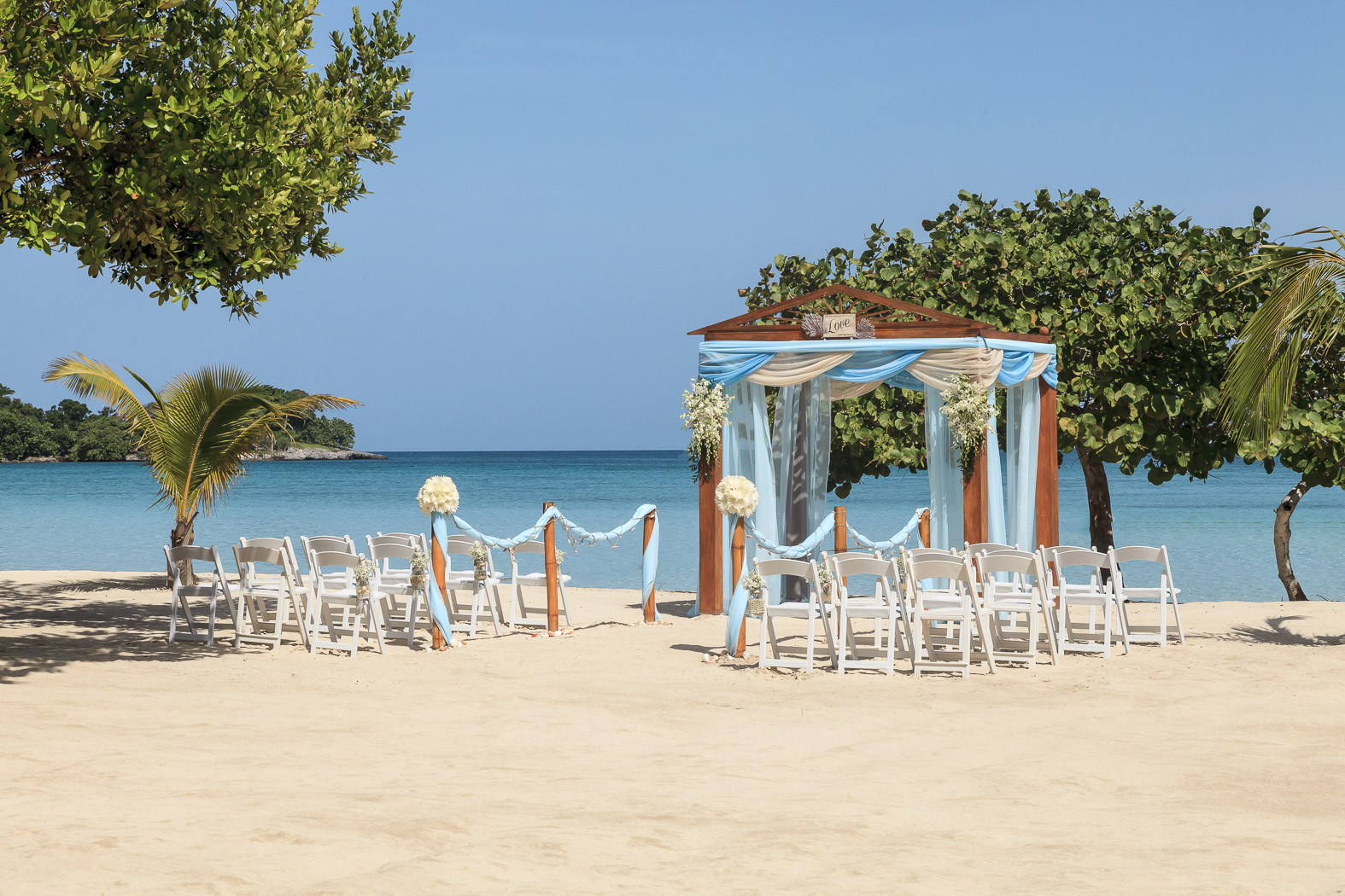 Beach Wedding at Couples Negril