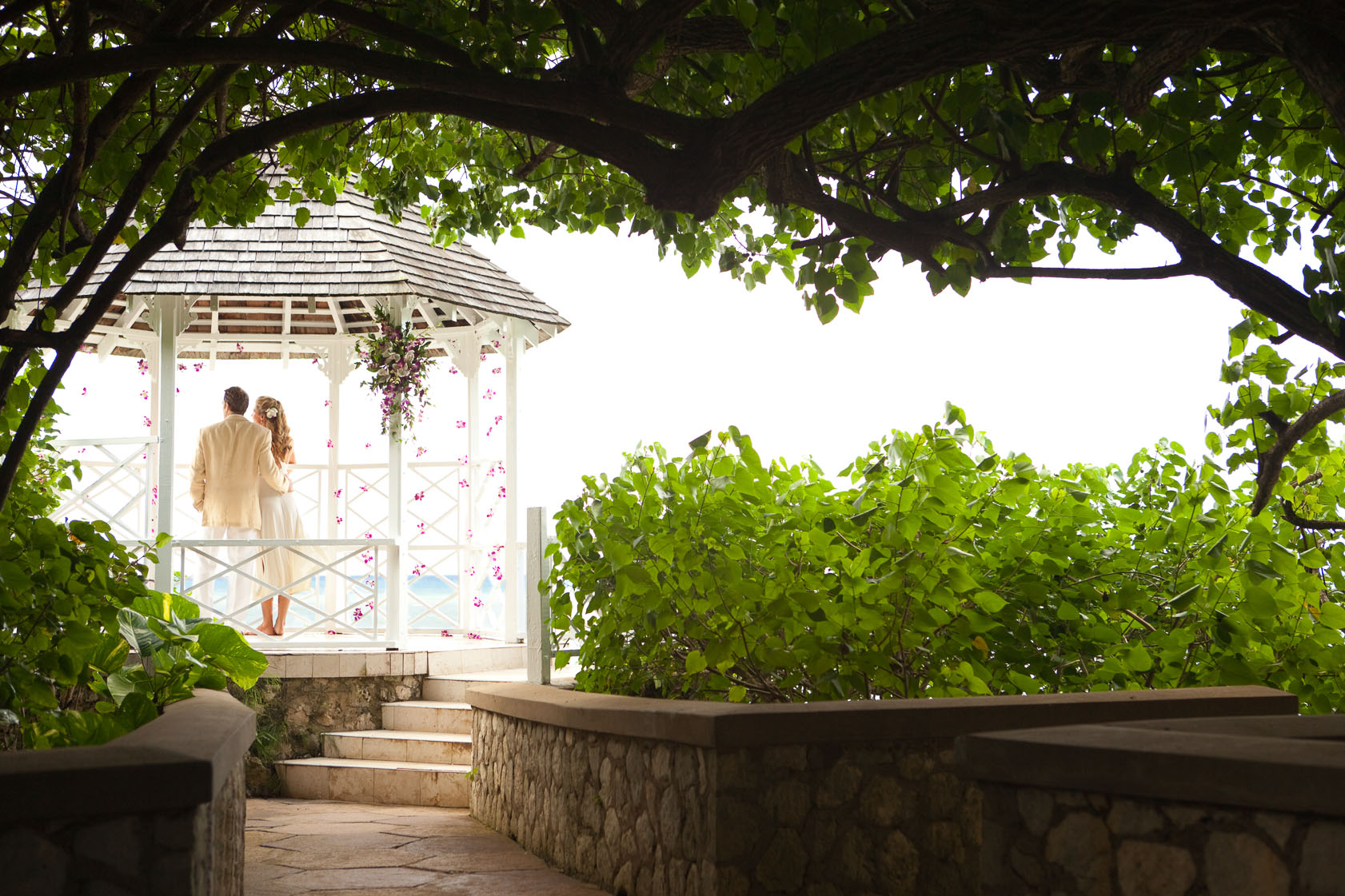 Love blooms in the Caribbean