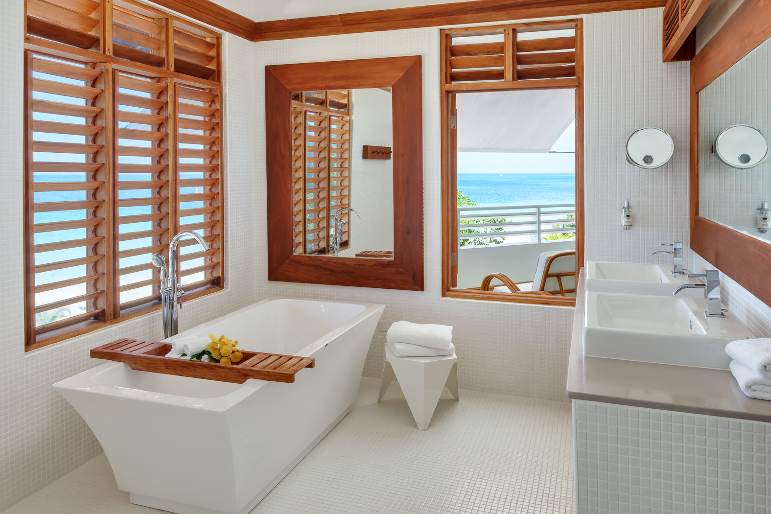 Great House Ocean Suite Bathroom