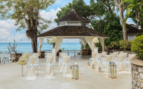 A Wedding in Paradise