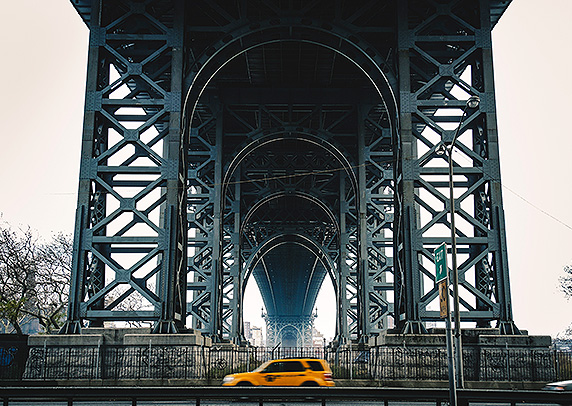 BROOKLYN AND ITS LEGENDARY BRIDGES