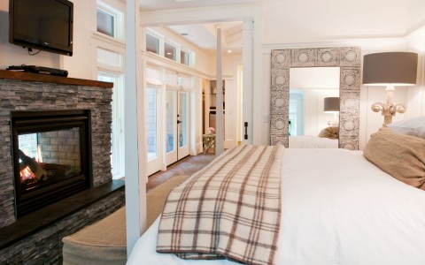 Farmhouse Inn King Luxury suite
