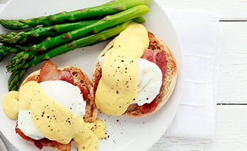 Eggs benedict and asparagus Breakfast