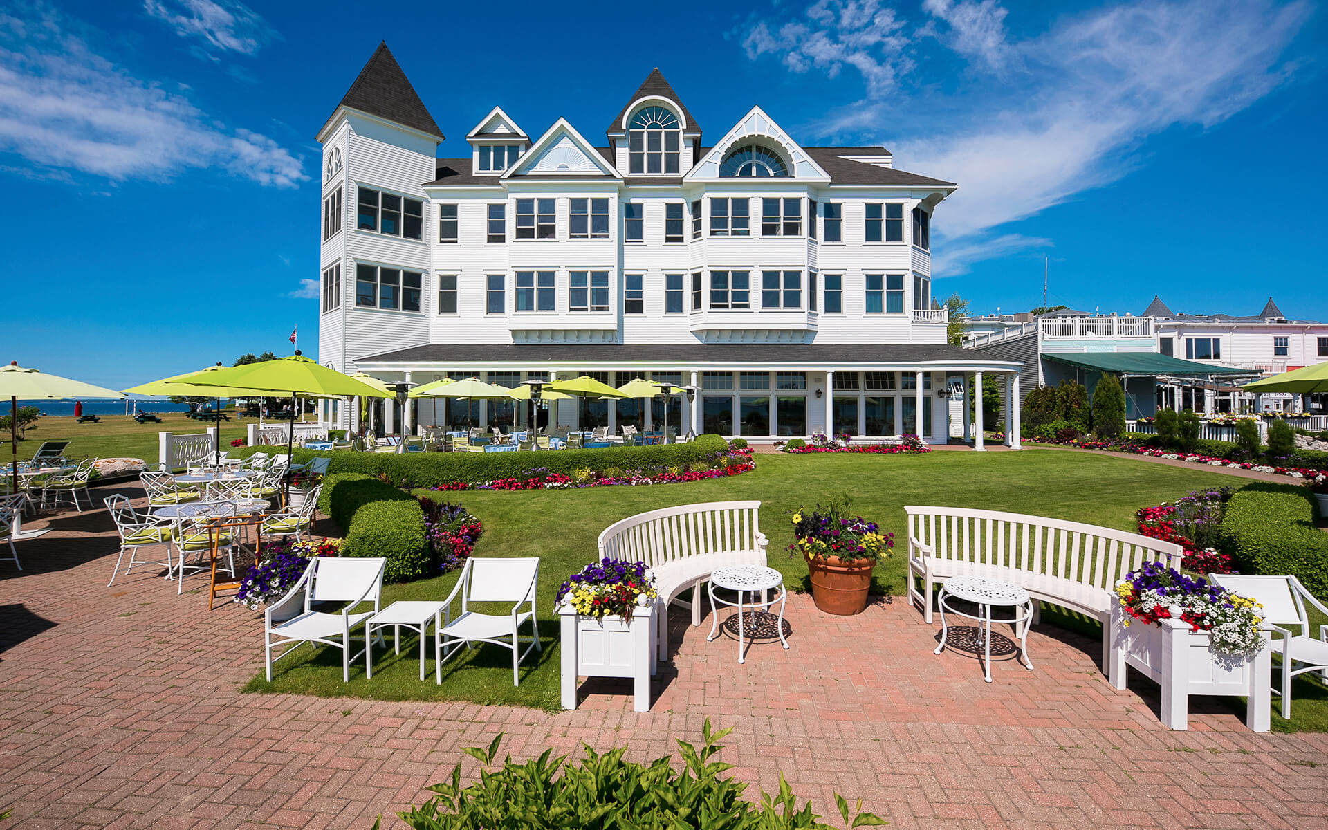 Boutique hotel on northern michigans mackinac island