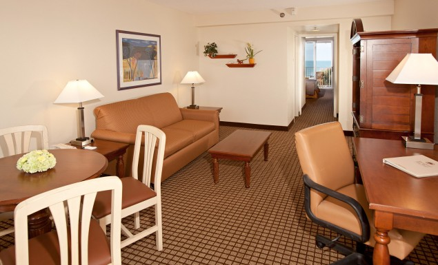 Oceanfront 1 Bedroom Suite