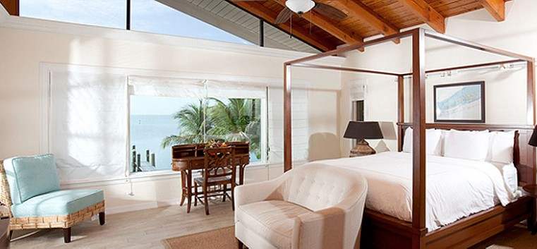 5 Bedroom Oceanfront Bungalow