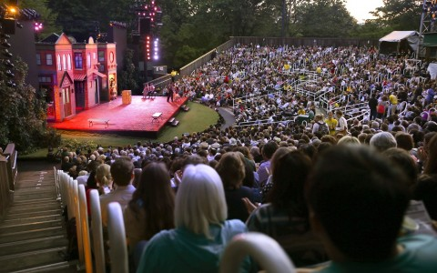 Shakespeare-in-Central-Park.jpg