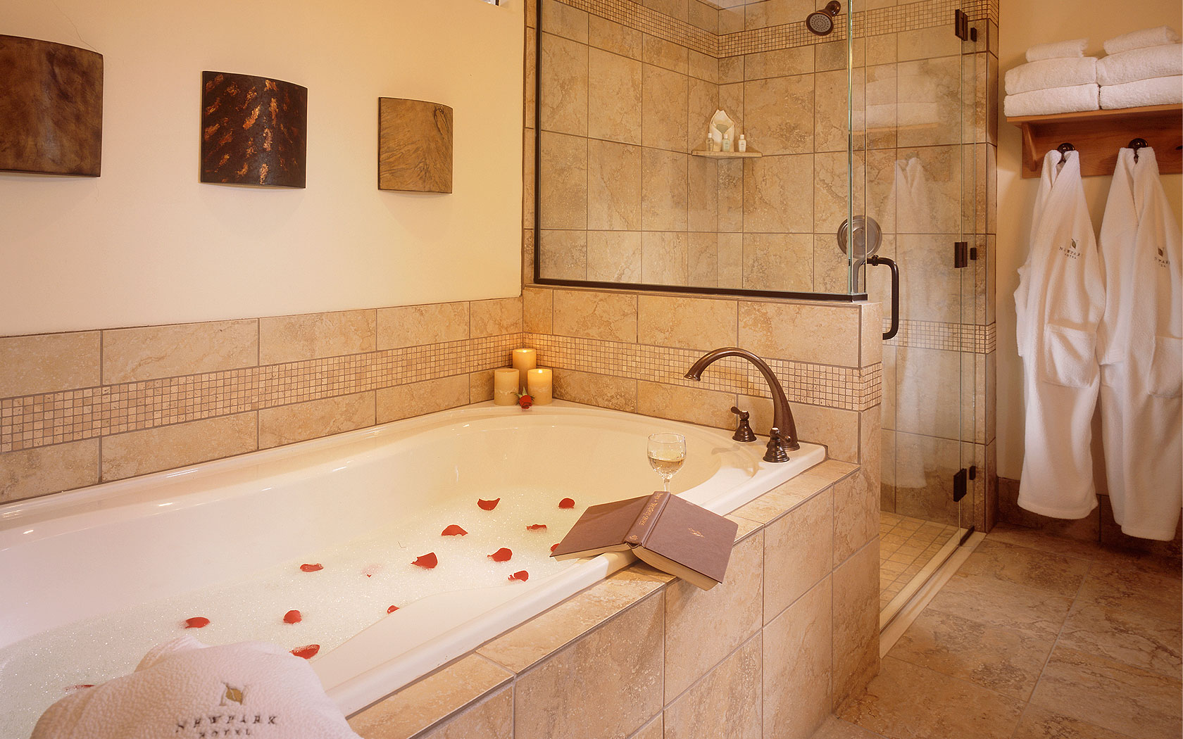 Lake Tahoe 2 Bedroom Suites Newpark Resort A Destination Hotel Lodging In Park City Utah