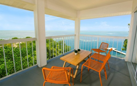 Pelican Cove Ocean View Suite