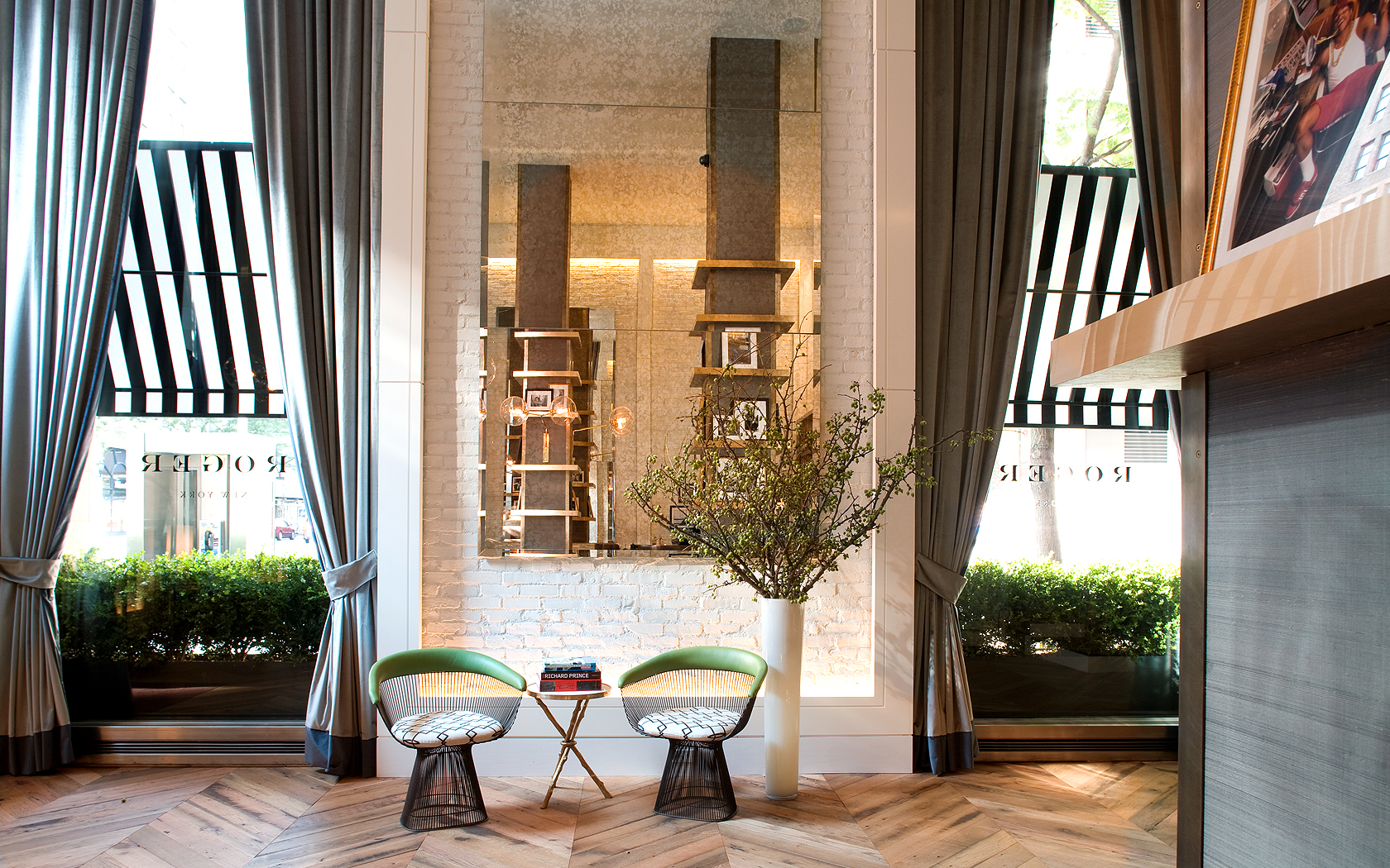 New york city boutique hotels the roger new york photo for The boutique hotel