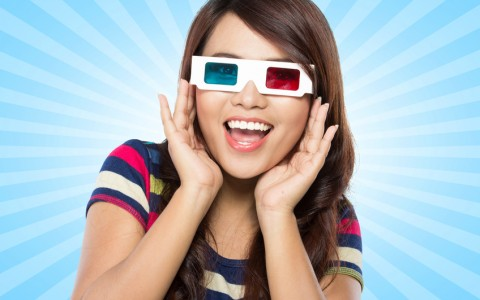 Teenager waring 3d glasses