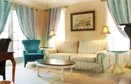 11-Riverview-Grand-Riverview-Suite.jpg