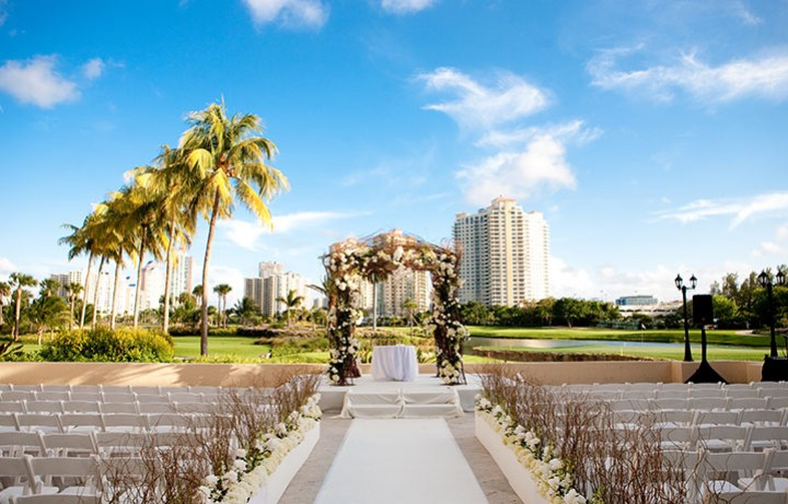 Miami Weddings Resorts in Aventura Turnberry Isle